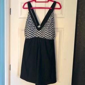 Black/white chevron swim dress